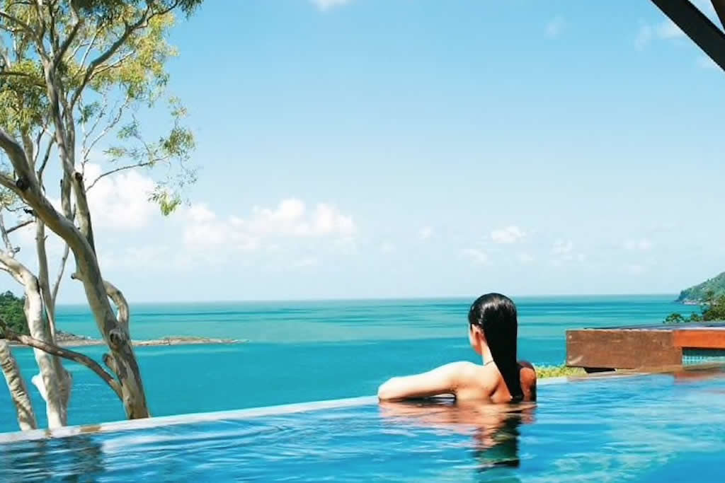 The view from the Qualia swimming pool, Whitsundays